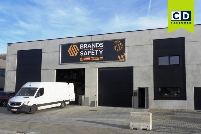 Nieuwbouw magazijn voor Brands & Safety
