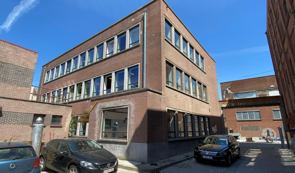 Gerenoveerde kantoorruimte te huur in Gent